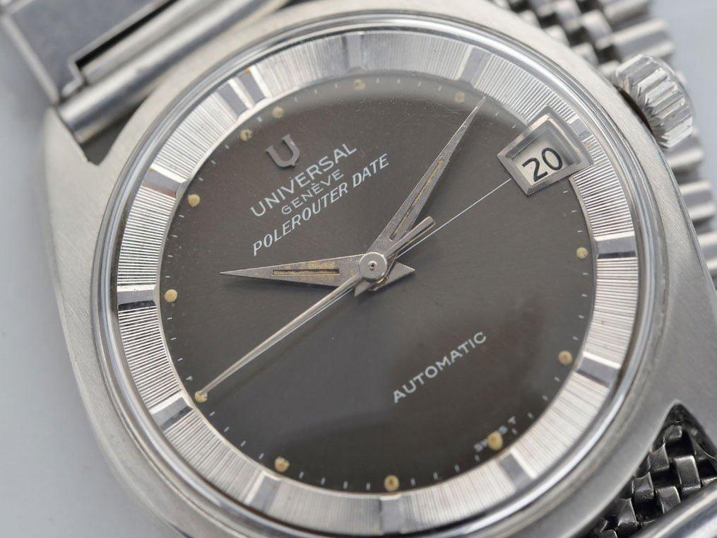 Universal Genève Polerouter Date