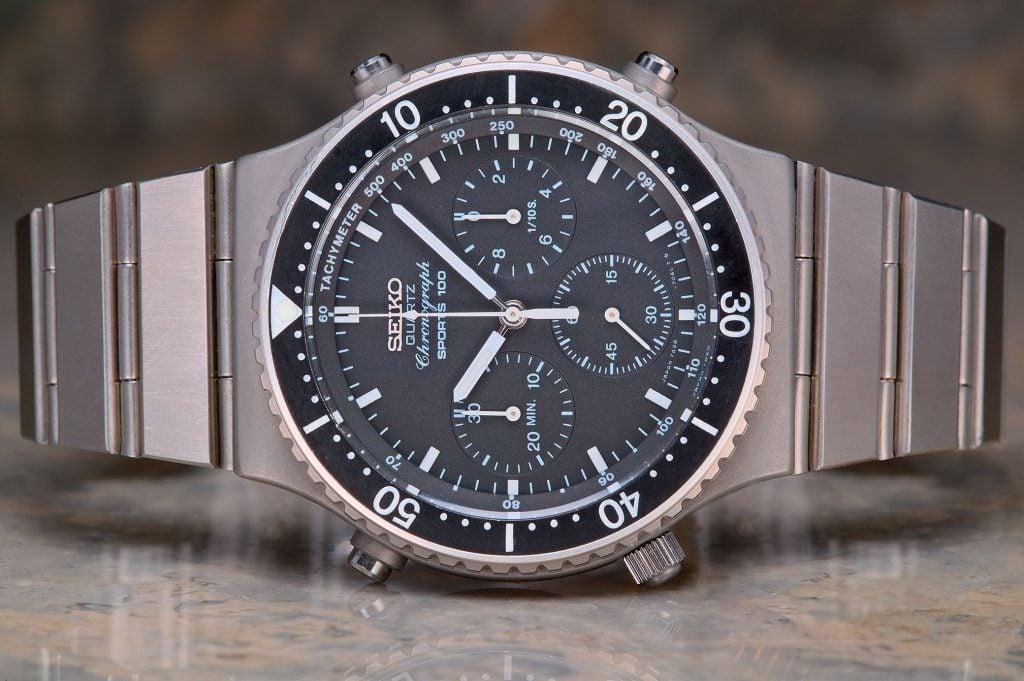 Seiko 7A28 quartz chronograph